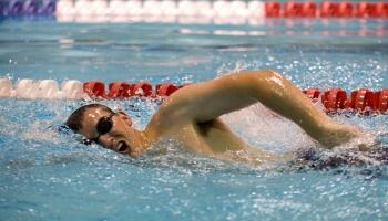Cómo evitar que se empañen las gafas de natación