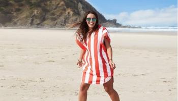 El mejor poncho de toalla para la playa (Guía 2020)
